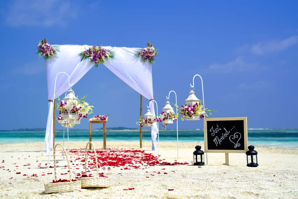 Top 10 Tips For Planning A Successful Destination Wedding