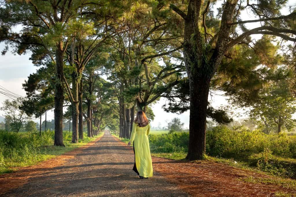 Girl vs Globe: Best 7 ideas for solo female travelers