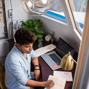 How to Organize Your Workplace While Remote Working