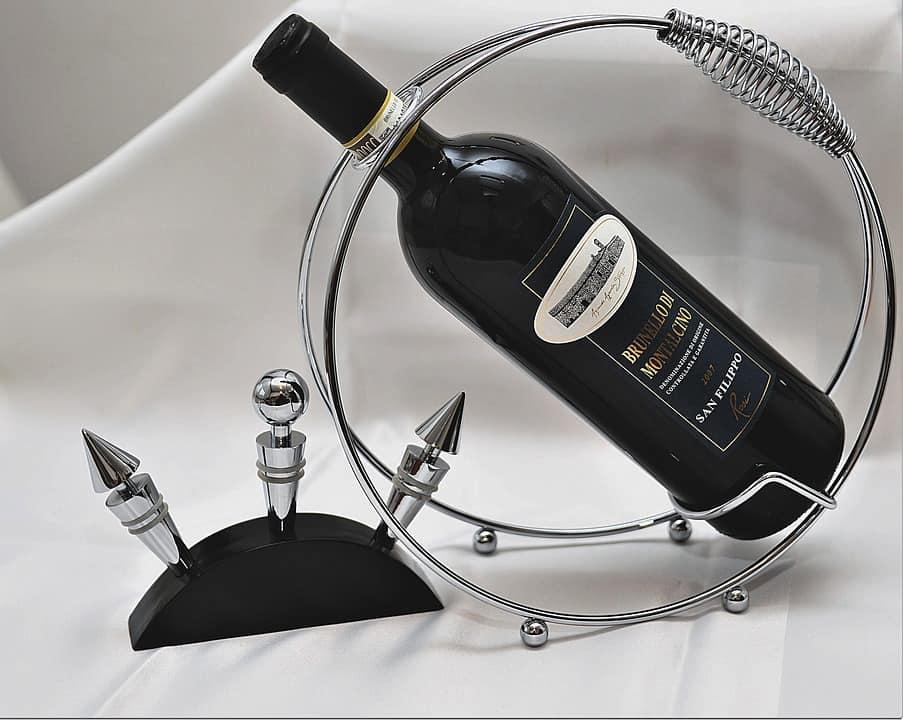 tentacle wine logo