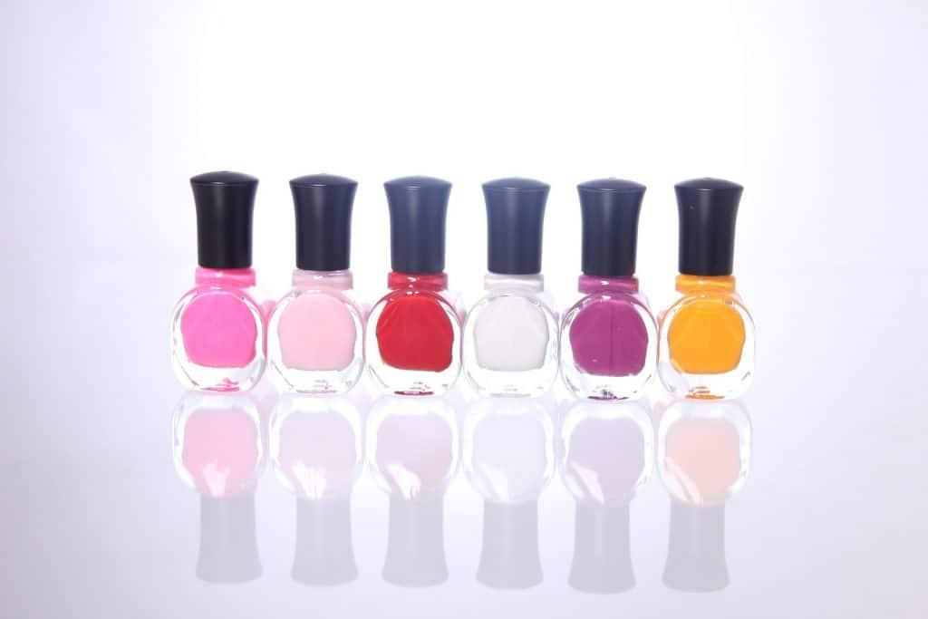 Nail colour paints